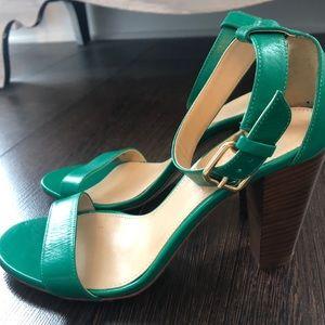 J. Crew Heeled Sandal NWOT Green Size 7